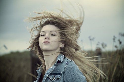 hair wind photo
